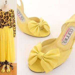Vintage yellow sandal real leather ribbon shoes 6B